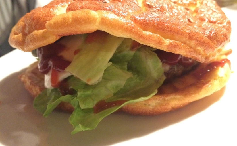 Oopsie-Burger (Low CarbBrötchen)